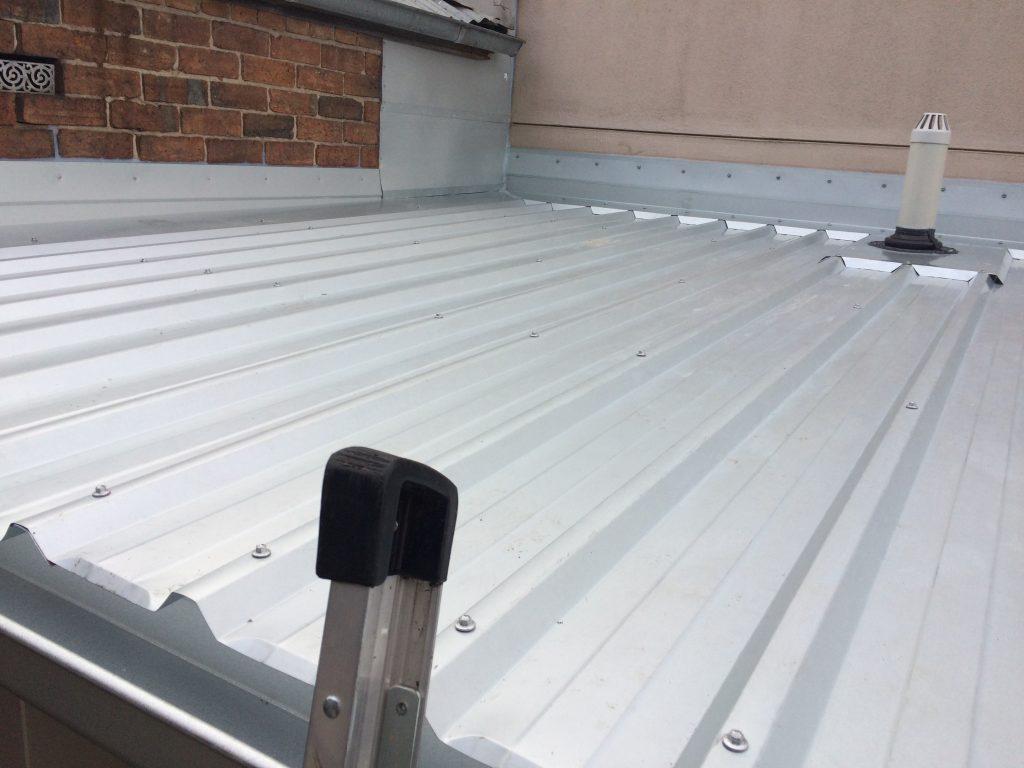 Flat metal roof replacement, Geelong